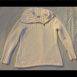 Gently worn adjustable neck sweater!